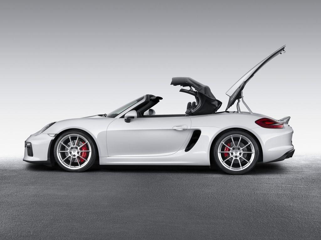 Porsche dévoile une nouvelle déclinaison Boxster Spyder 10