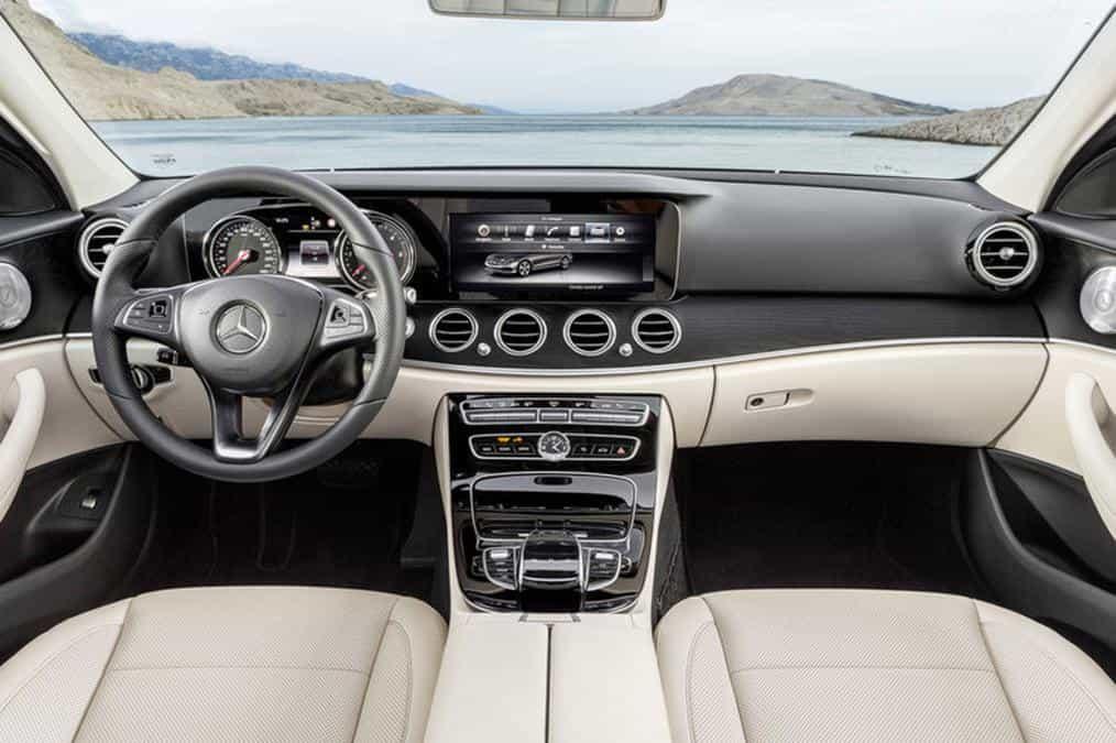 Fin du teasing et des fuites, la nouvelle Mercedes-Benz Classe E a été présentée par Mercedes 20