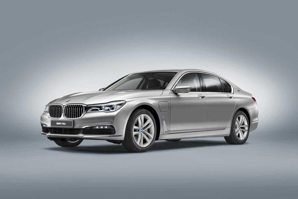 740e iPerformance : une BMW hybride pour le Salon de Genève 2