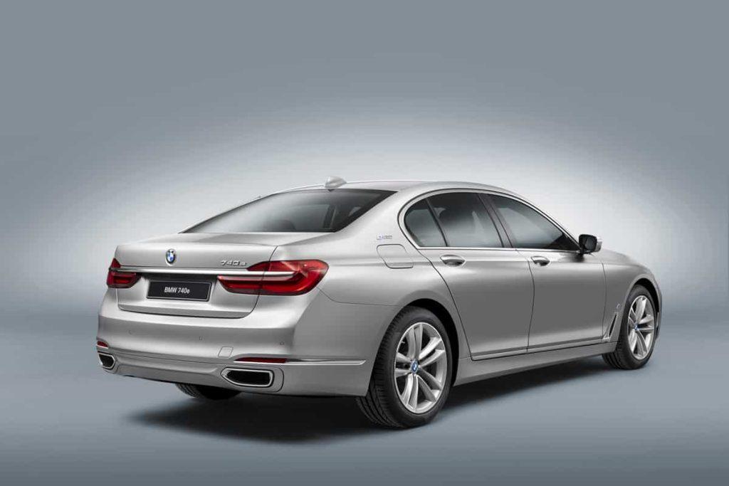 740e iPerformance : une BMW hybride pour le Salon de Genève 6