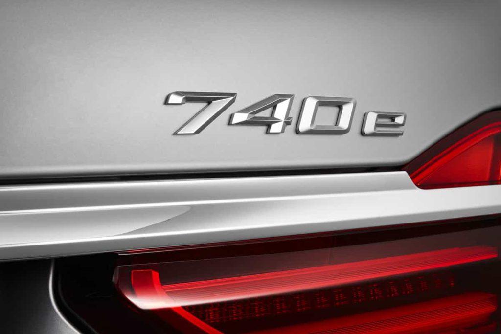 740e iPerformance : une BMW hybride pour le Salon de Genève 10