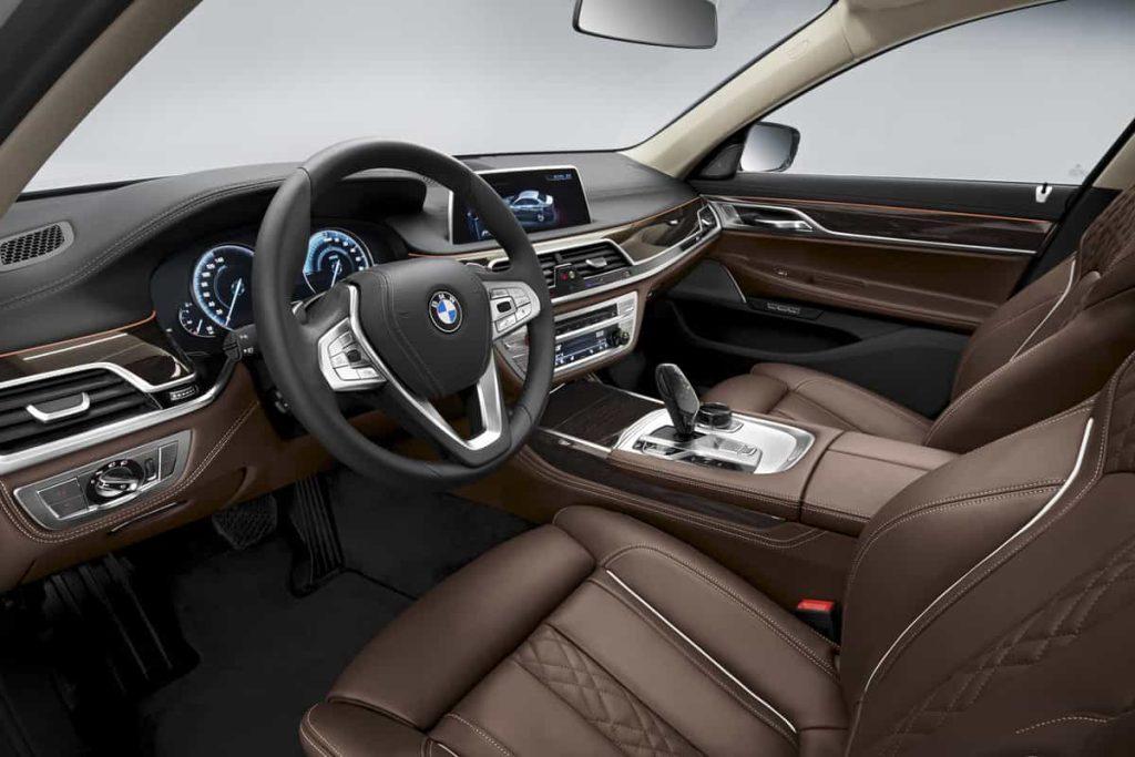 740e iPerformance : une BMW hybride pour le Salon de Genève 13