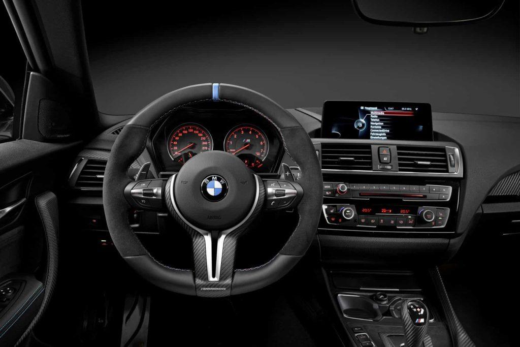 Des éléments en fibre de carbone pour la BMW M2 grâce au pack M Performance 4