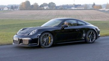 Deux premières mondiales pour Porsche au Salon de Genève 2016