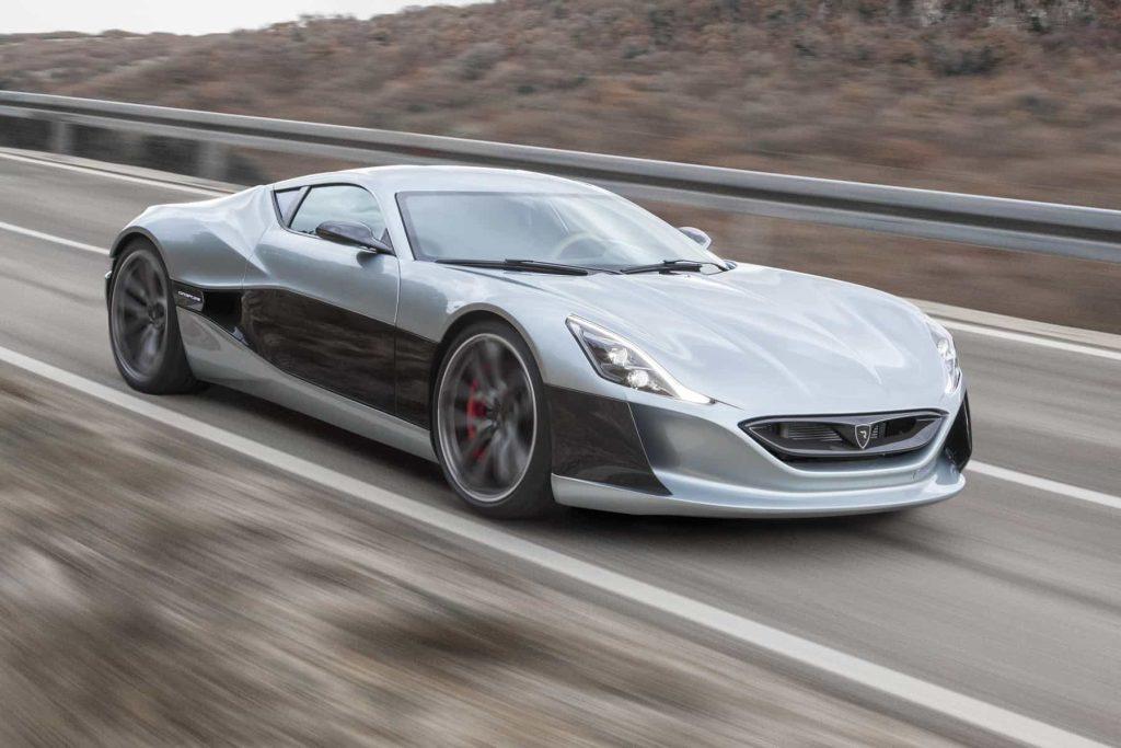 Grâce à ses 1088 ch, la Rimac Concept One passe de 0 à 100 km/h en 2,6 secondes ! 4