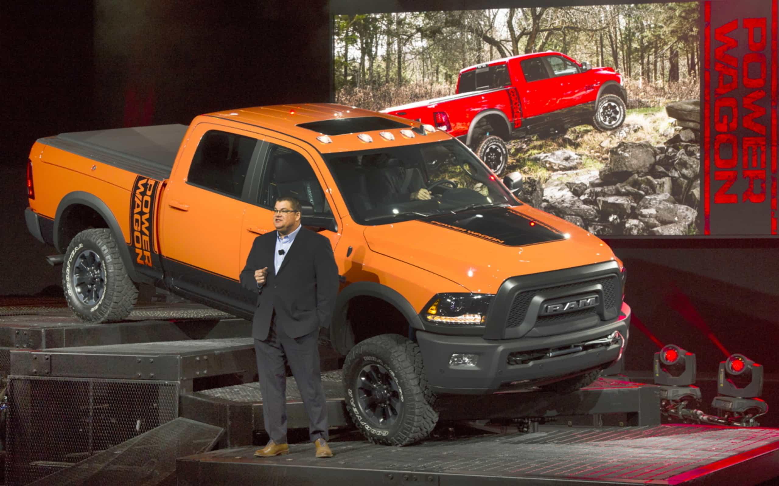 le power wagon 2017 compl te la gamme de camionnettes tout terrain ram le v hicule ultime. Black Bedroom Furniture Sets. Home Design Ideas