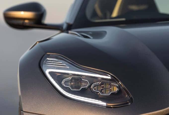 Avec sa DB11, Aston Martin fait plus que séduire 11