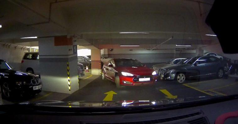 La Belgique ne s'oppose pas à la fonctionnalité de parking sans être au volant