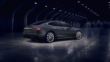 Tesla envisage déjà une Model 4 encore plus abordable que la Model 3