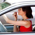 Les femmes sont plus agressives que les hommes au volant selon une étude