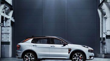 Le groupe chinois Geely lance la marque Lynk & Co pour proposer des voitures électriques et connectées. Un transfert de technologie va se faire depuis Volvo.