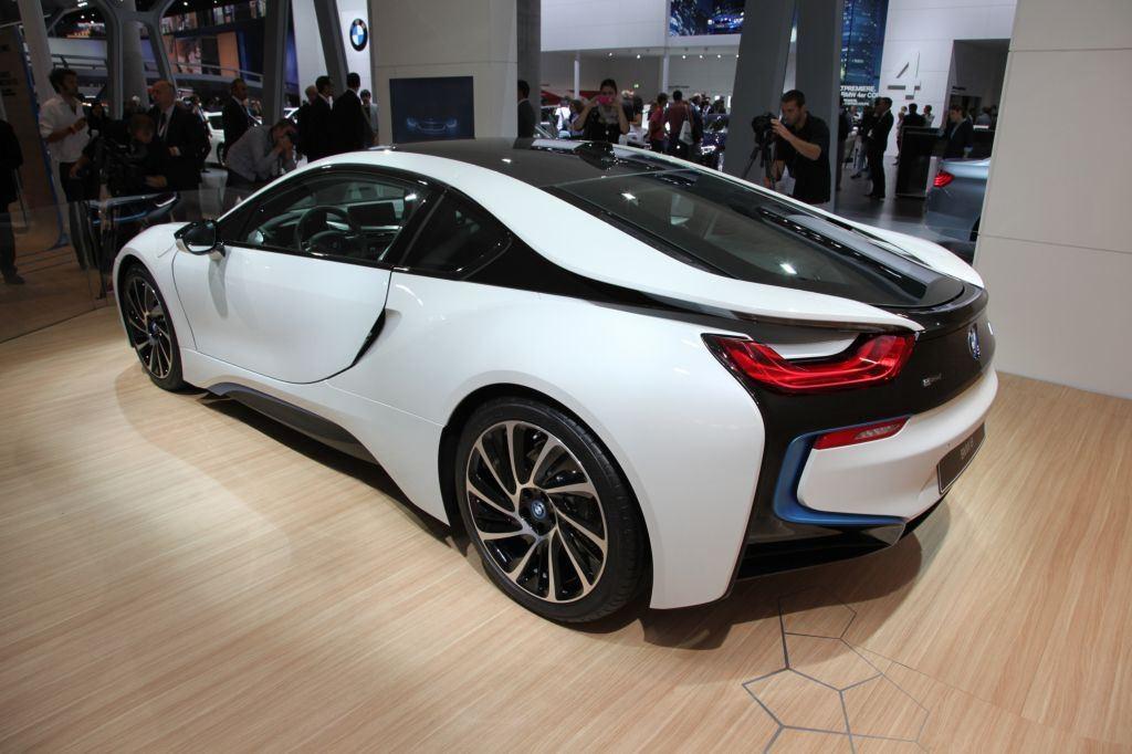 i8 : BMW double la production pour répondre à la demande 5