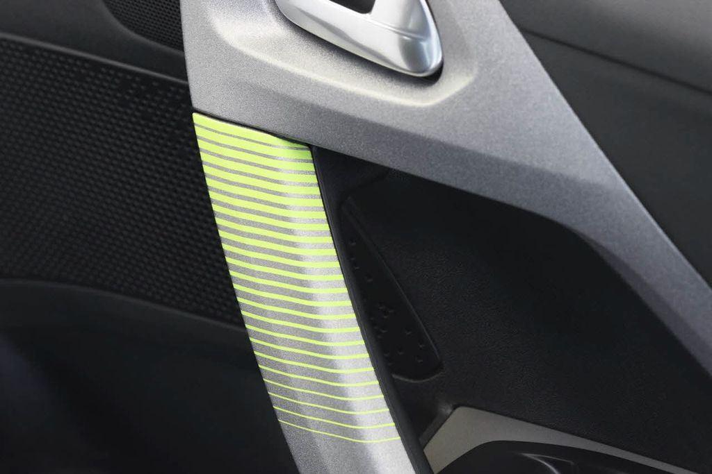 Peugeot : deux teintes texturées pour la 208 2