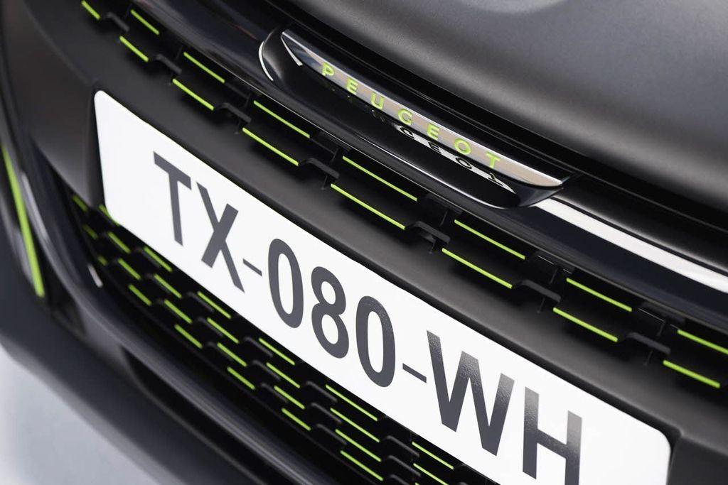Peugeot : deux teintes texturées pour la 208 3