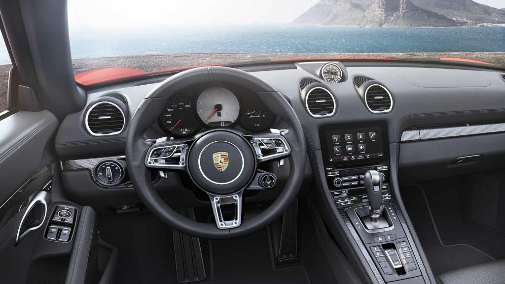La Porsche Boxster adopte un bloc 4-cylindres et devient la 718 Boxster au passage 7