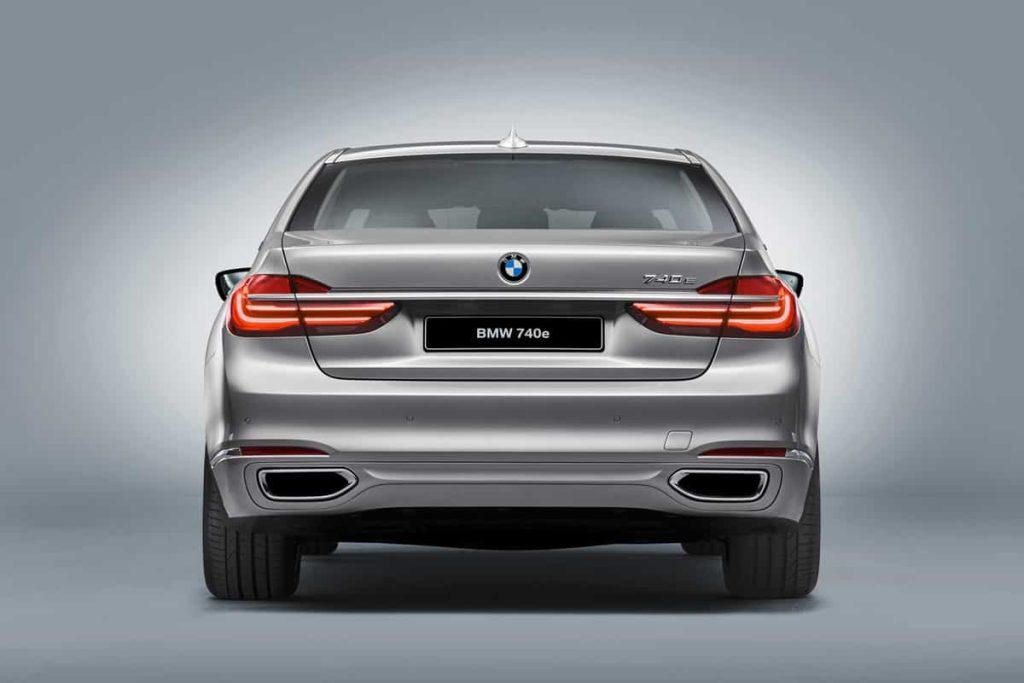 740e iPerformance : une BMW hybride pour le Salon de Genève 7