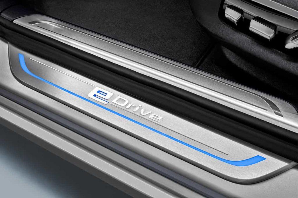 740e iPerformance : une BMW hybride pour le Salon de Genève 12