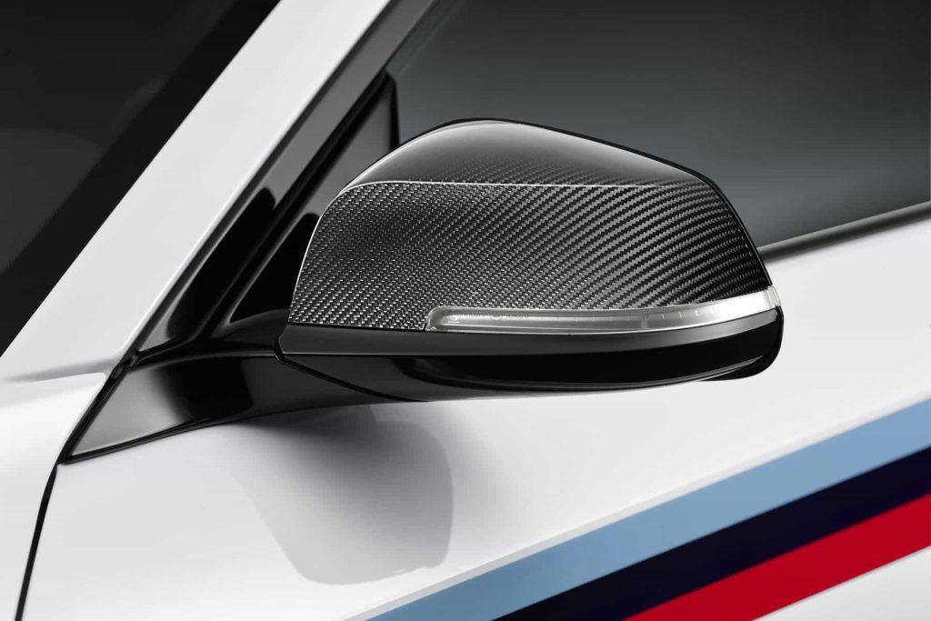 Des éléments en fibre de carbone pour la BMW M2 grâce au pack M Performance 10