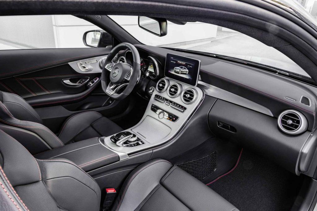 GENÈVE 2016 : Les débuts officiels de la Mercedes-AMG C43 Coupe pour le Salon de Genève 2