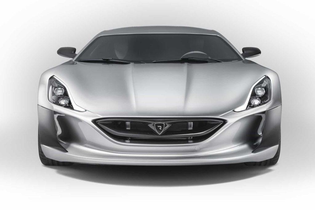 Grâce à ses 1088 ch, la Rimac Concept One passe de 0 à 100 km/h en 2,6 secondes ! 3
