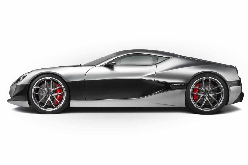Grâce à ses 1088 ch, la Rimac Concept One passe de 0 à 100 km/h en 2,6 secondes ! 6