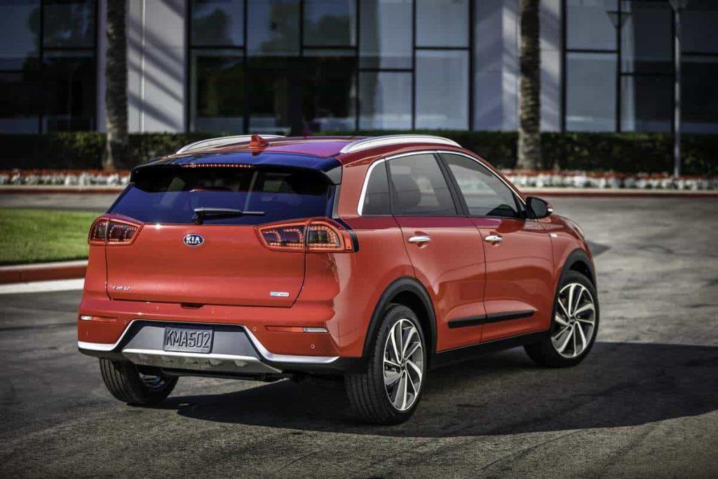 Kia lève le voile sur son premier crossover hybride : le Niro 9