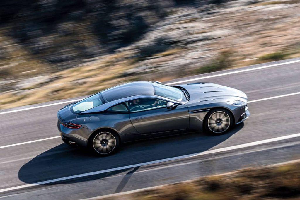 L'Aston Martin DB11 se révèle avant le Salon de Genève 4