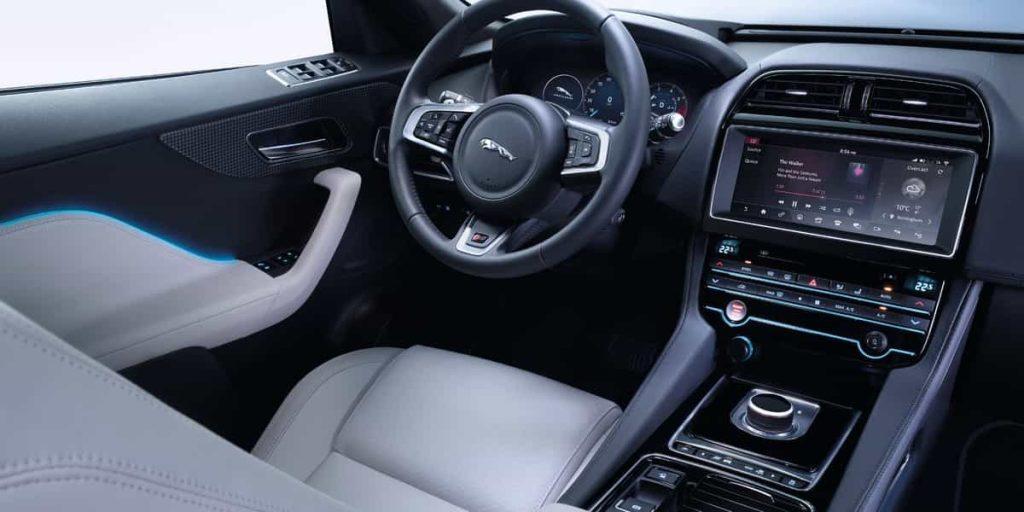 Le SUV F-PACE de Jaguar s'affiche au Canada 4