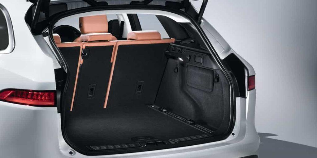 Le SUV F-PACE de Jaguar s'affiche au Canada 6