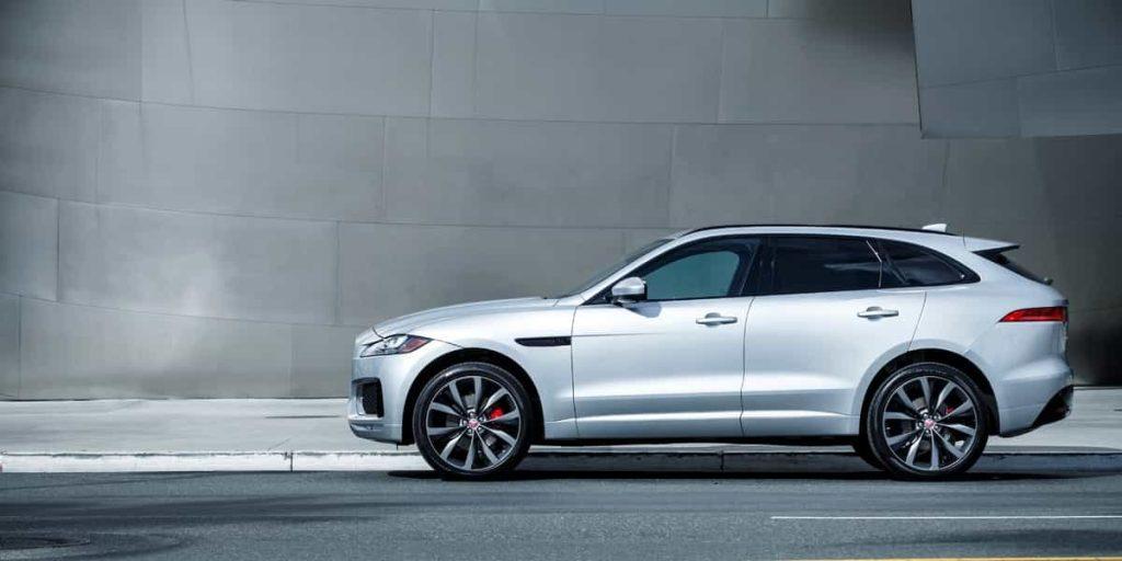 Le SUV F-PACE de Jaguar s'affiche au Canada 10