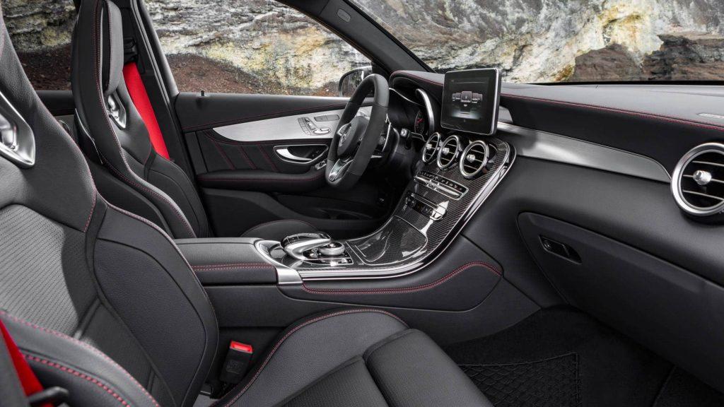 Avec le GLC 43 AMG, le SUV compact de Mercedes gagne de la puissance 1