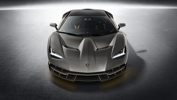 Lamborghini Centenario : 2,1 millions d'euros pour 770 ch ! 2
