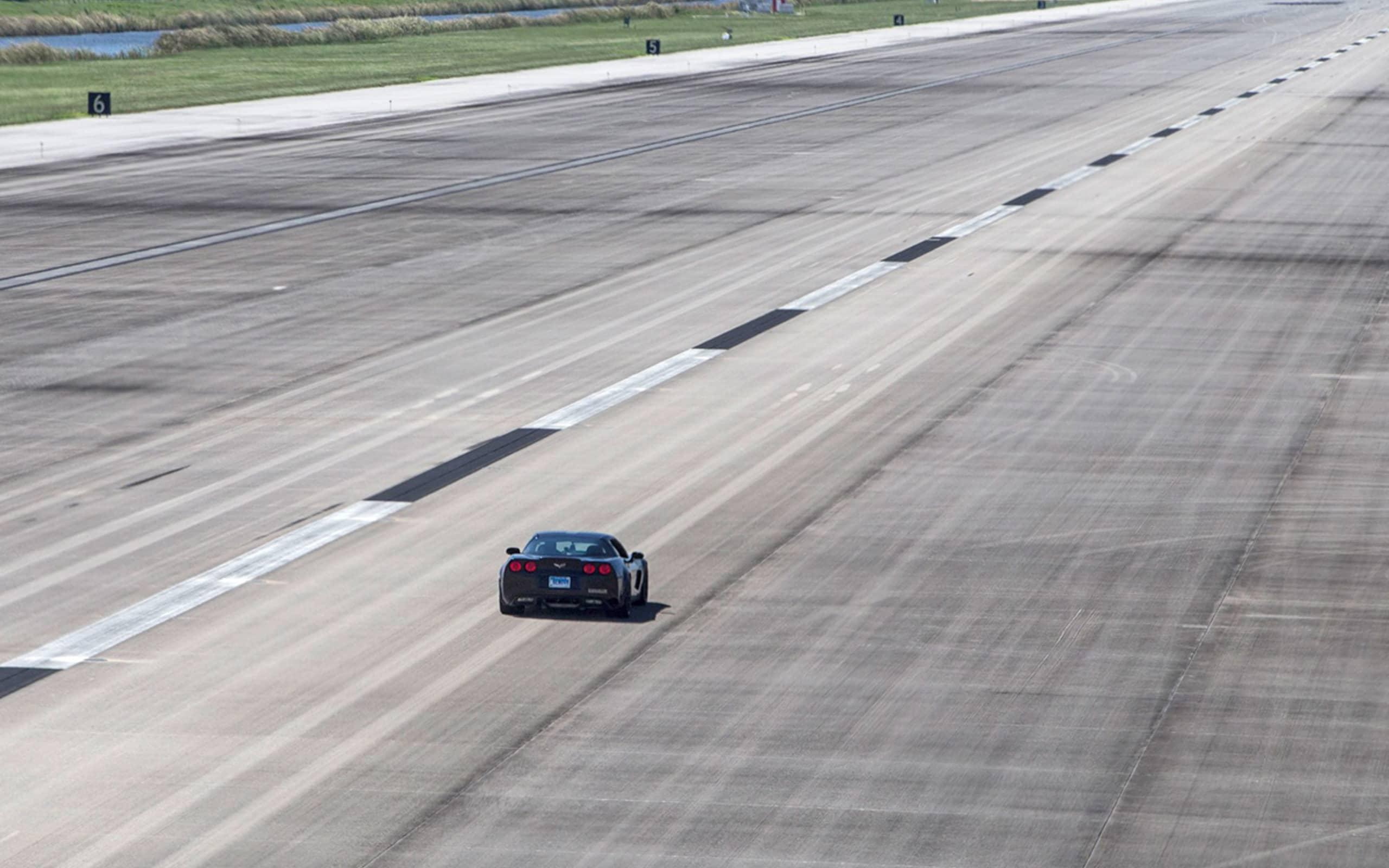 GXE : record du monde de vitesse pour une voiture électrique, 330,9 km/h 8
