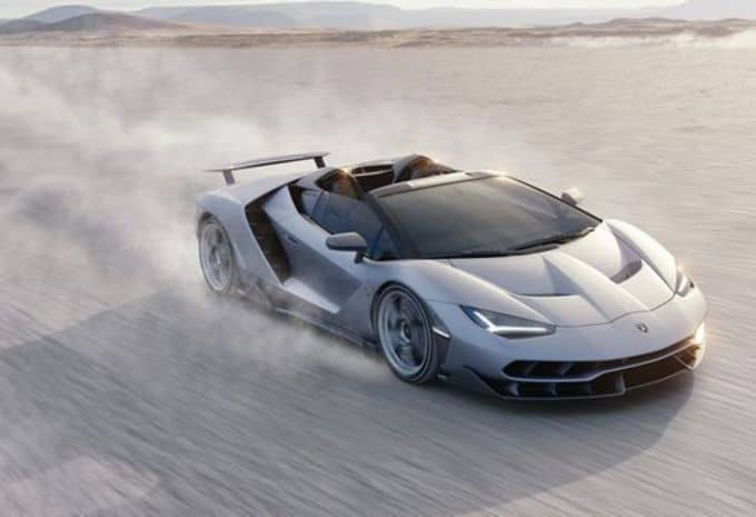 Seul le beau temps convient à la Lamborghini Centenario Roaster 2