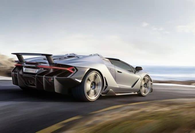 Seul le beau temps convient à la Lamborghini Centenario Roaster 5