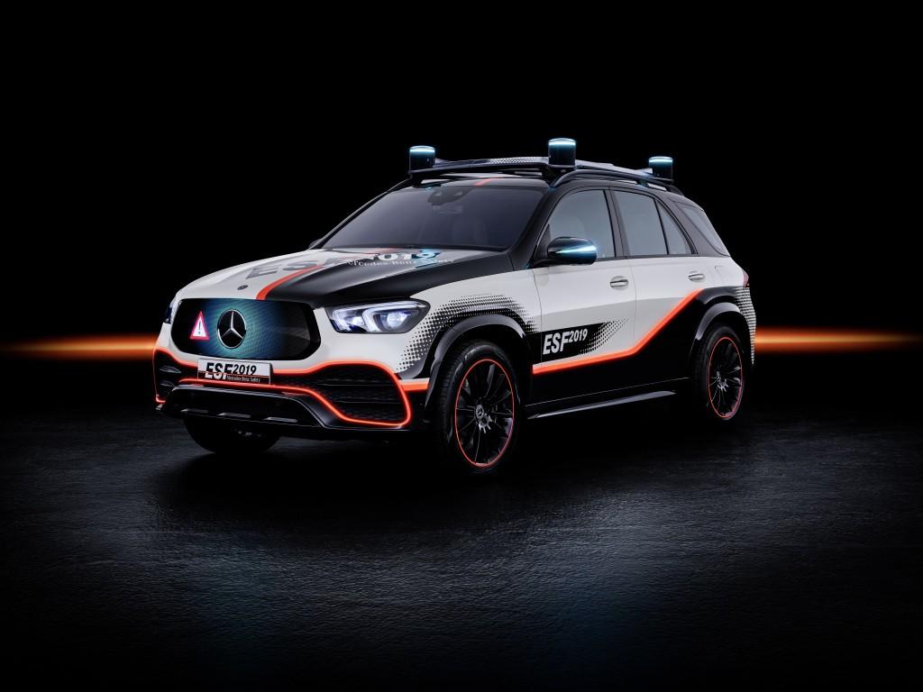 ESF 2019 : le véhicule de sécurité expérimental Mercedes-Benz pour la mobilité du futur
